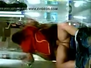Arab Waitress Fucked In A Storage Room Kitchen  -full video gestyy.com/qSH8Ha