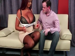 Hugetits spex milf jizzed on face after bj