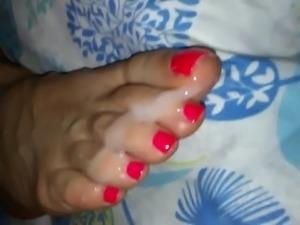 Rough soles wife mature cumshot soles
