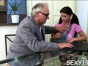 Young babe is surrending her pussy for a more good grade