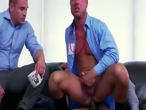 Gay bodybuilder blowjob movie Earn That Bonus