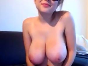 Hot MILF Tessa from Milfsexdating Net massive tits on cam