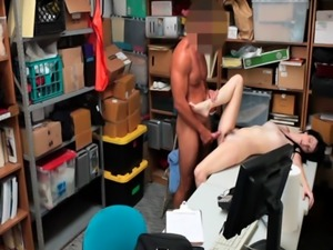 Shoplyfter Alex Harper stole clothes and have to pay the price by boni