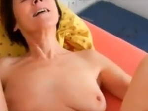 Oldies auntie still loves cock in her asshole