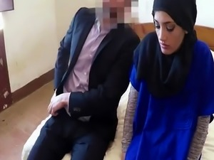 Arab xxx 21 yr old refugee in my hotel room for sex