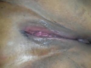 eating BBW pussy
