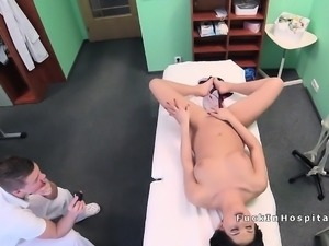 Doctor bangs babe with intense orgasm