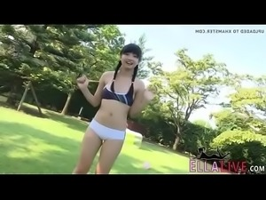 Japanese Girl Rie - EllaLive.com