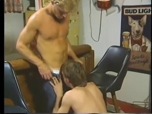 vintage blonde to fuck bareback