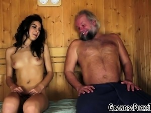Teen latina takes cumshot