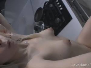 Cute blonde gets a close-up of her pussy