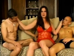 MMF Amateur Bisexual Threesome Sex