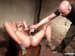 Victoria bound gagged and vibed but she secretly enjoys it