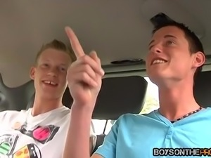 Mark Lloyd loves riding big schlongs in the moving car