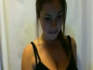 Amazing webcam sexpot played with her gorgeous huge boobies for me