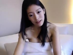 Japanese Amateur Masturbating Solo