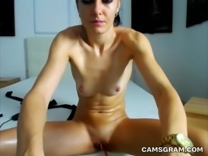 Sweet Milf Camwhore Has An Intense Masturbation