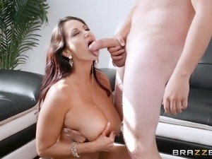 Brunette cougar Ava Addams wants to ride a hard prick