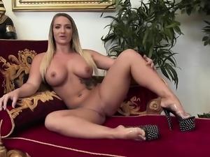 Kayden Kross sucks on a nice cock