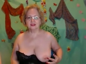 Huge boobed Russian woman gets naughty when we first webcam