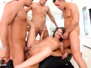 Gonzo anal scene with Anita Bellini by Ass Traffic