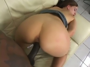 Kinky slut Crissy Cums is in the mood for some deep pussy drilling session