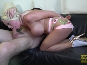 Horny man gets to penetrate Cindy Sun's tight pussy