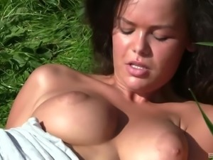 Linet Slag loves playing with her petite body during a picnic