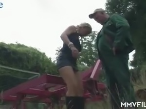 Cheap street hooker Claudia blows strong cock of fat man outdoors