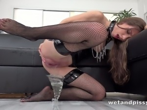 Alone nympho in latex stuff and high boots Stefany loves to masturbate