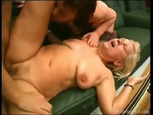 Amanda is a grown sexual female who loves three way sex
