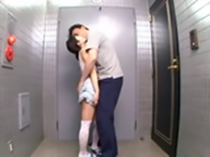 Small Tited Asian Girl Gave An Oral Satisfaction To Her Neighbor In The