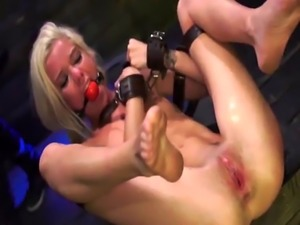 Rough strap on orgy Halle Von is in town on vacation with her boyplayf