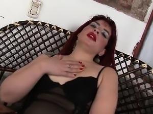 Redhead BBW toys her pussy on cam