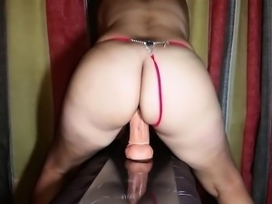 Amateur Maid Likes Toys And Cock In Her Ass