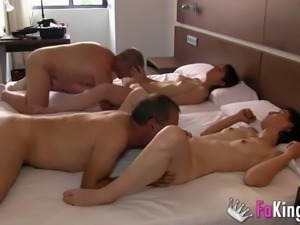 La familia porno is ready to make you hard with their dirty action