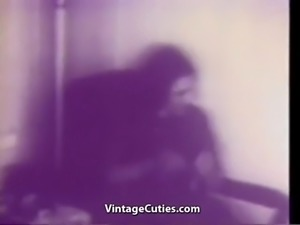 Seductive Chick Fucked in Hot Positions (1940s Vintage)