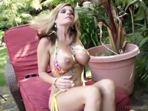 Milf Kristal with wet pussy punished hardcore seductively