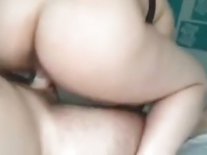 Pawg ex knows how to ride