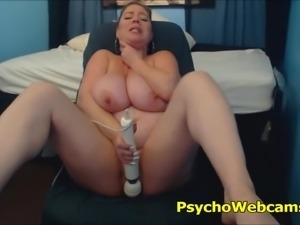 Horny bbw fucking and doing tit job, slapping her big pussy and contracting...