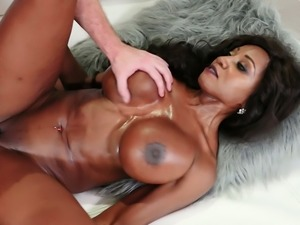 Cock starved hottie Diamond Jackson has a tight body and big fake tits