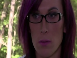 Mercedes gets her wet pussy penetrated by Trans River Stark huge cock