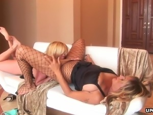 Voluptuous blonde lesbians enjoy kinky dildo play and anal fingering
