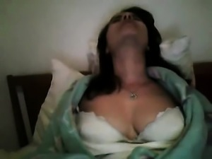 Bigand stunning natural tit display from girl that is