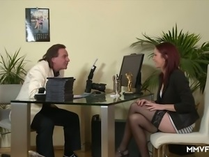 Horn-mad dyed haired Natalie Hot provides strong stud with BJ under table