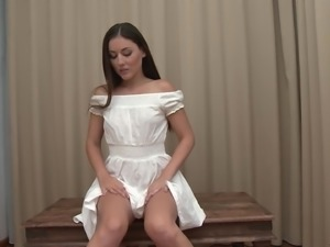 Iwia is a stunning brunette craving to show off her pussy hole