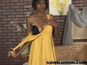 Delightful Delish Touches Herself In A Solo Model Casting