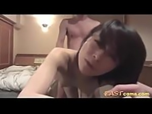 Korean couple goes fucking in a motel