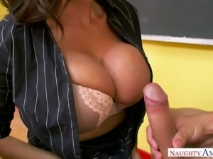 Strict big breasted professor Ariella Ferrera lets her student eat her meaty...