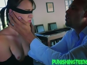 Not really into bondage sex but fuck that was freaking hot